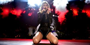 Taylor Swift at super bowl show | ELLE UK
