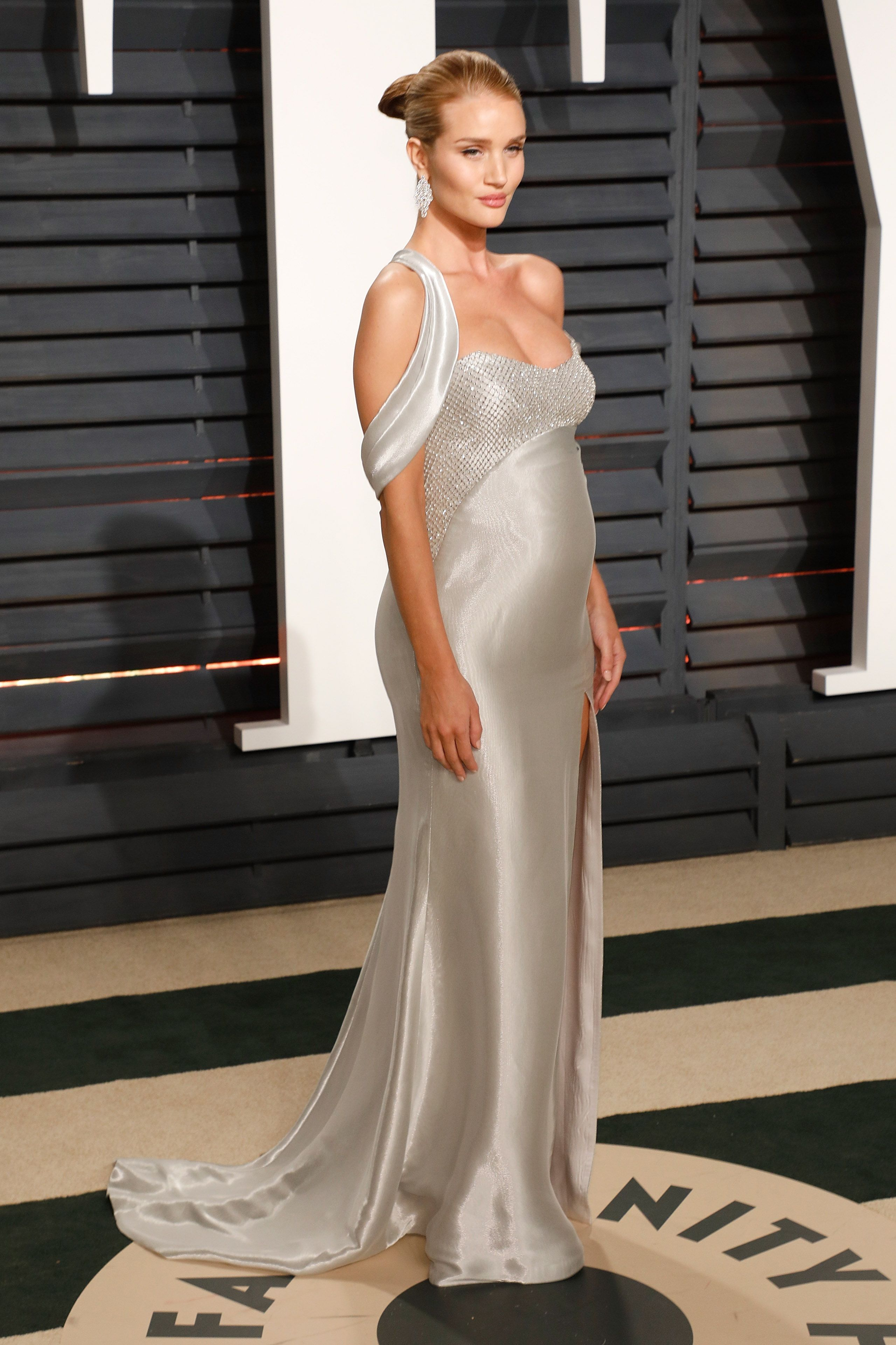 Rosie Huntington-Whitely Oscars Vanity Fair After Party