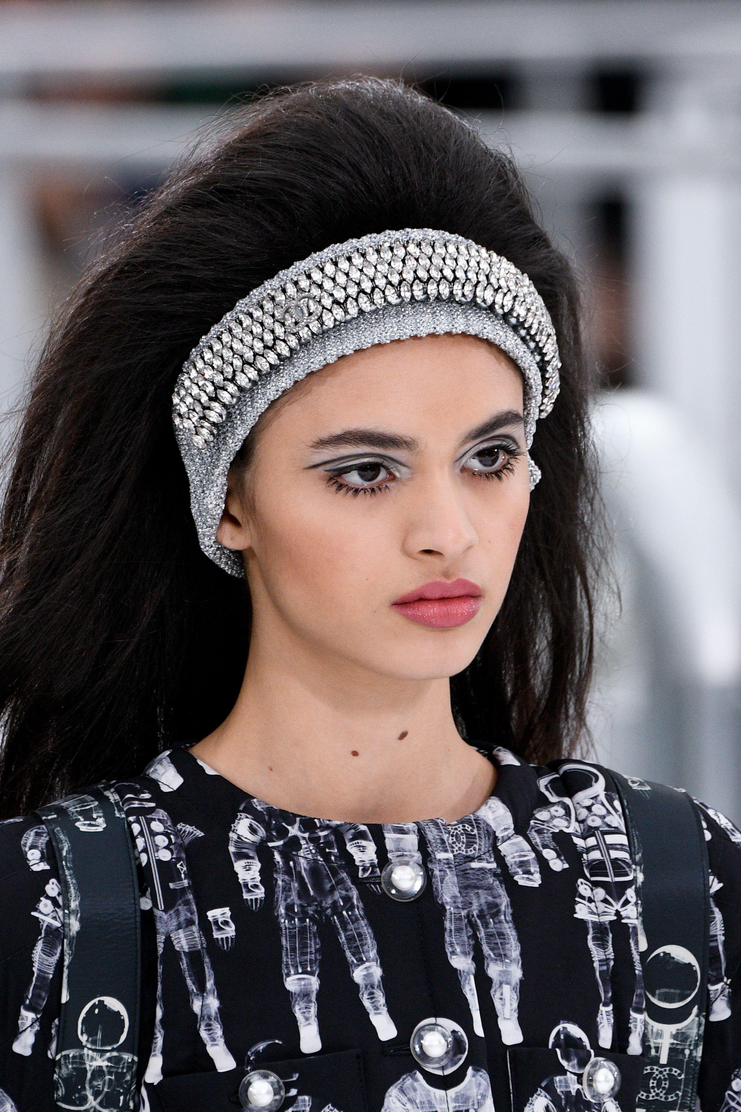 Chanel AW17 Hair