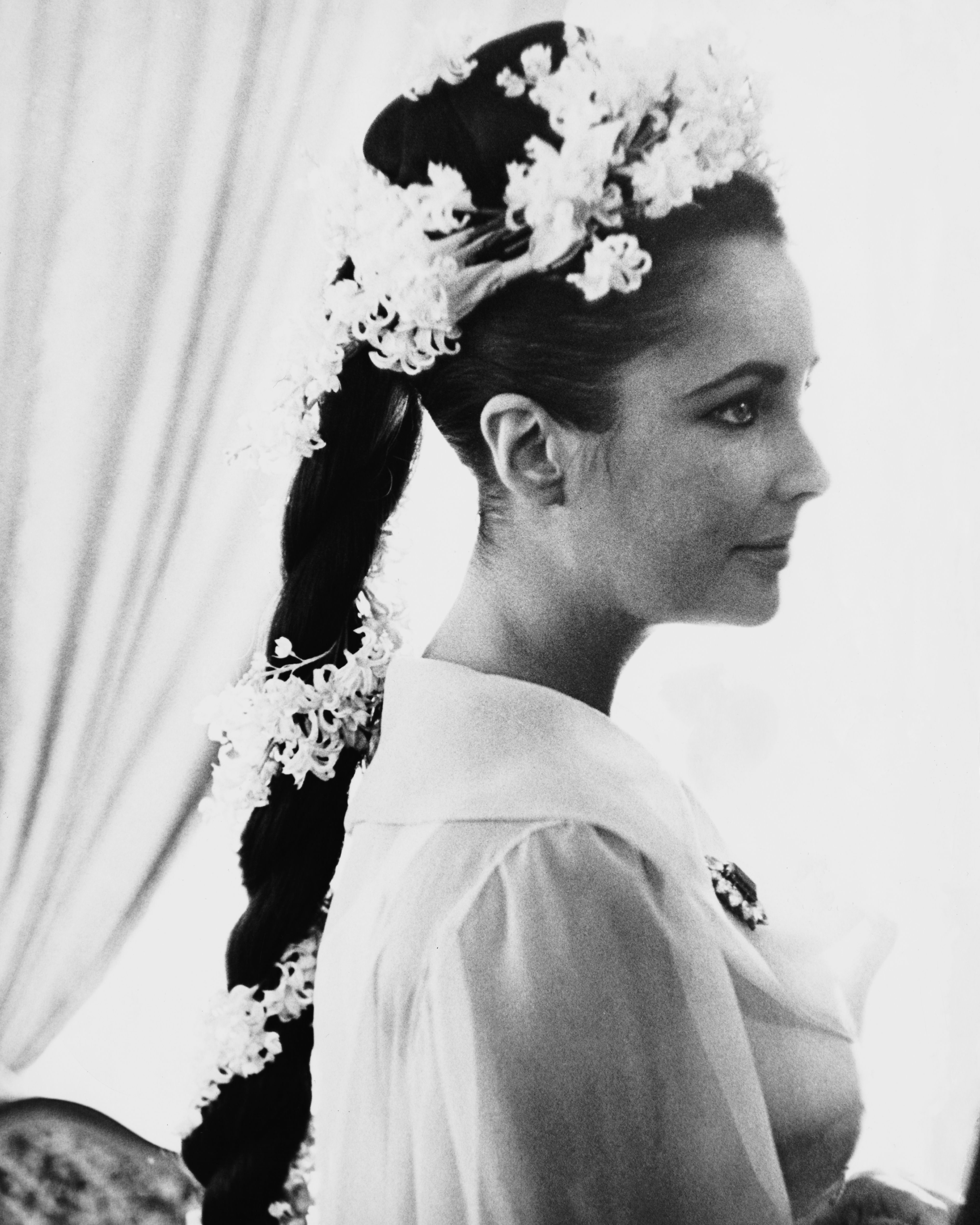 Wedding Hair Inspiration - Best Wedding Hairstyles for Brides and ...