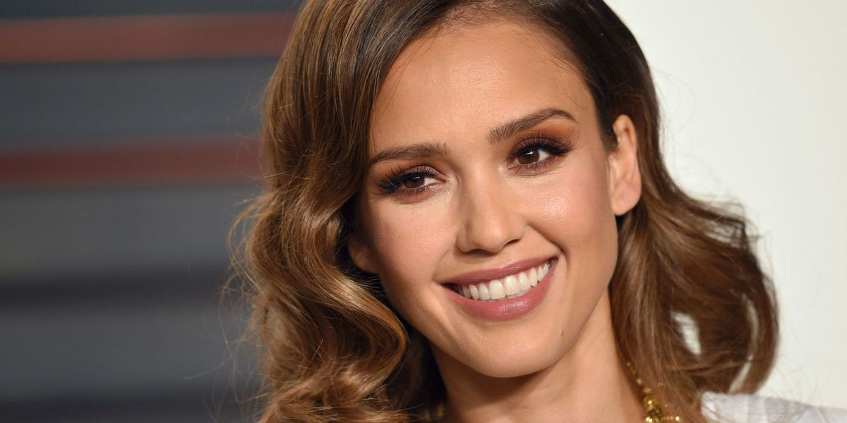 This Game Changing Hair Dye Technique Gives You Jessica Alba Hair In Just 1 Hour