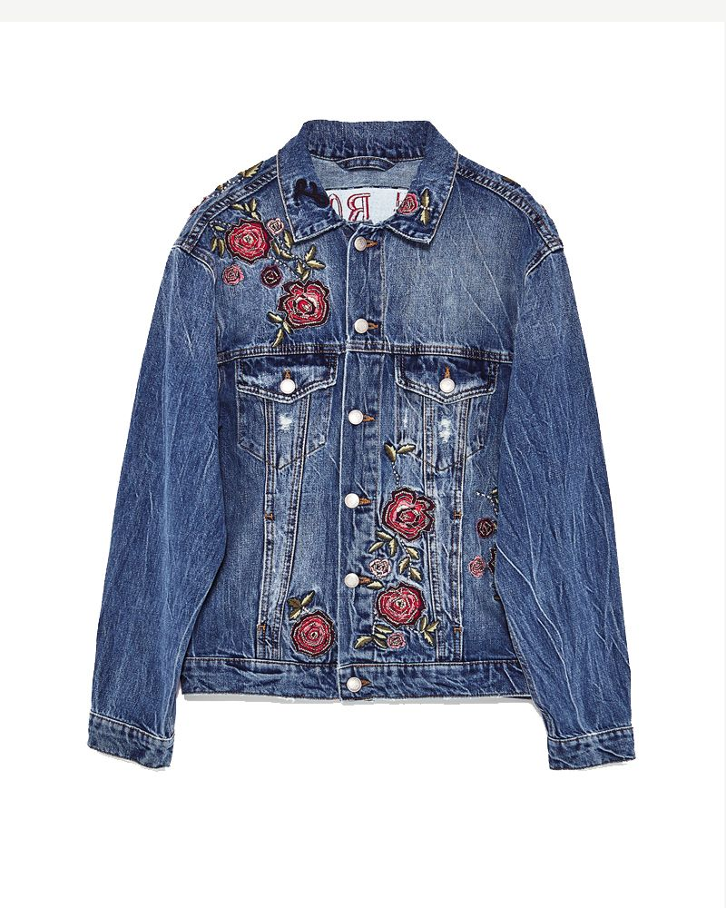 9adc4a8b62e03 Women Denim Jackets - Zara LONG DENIM JACKET. Festival Fashion Guide 2017 -  What To Wear To Every Music Festival This Year
