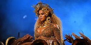 Beyonce at Grammys 2017 | ELLE UK