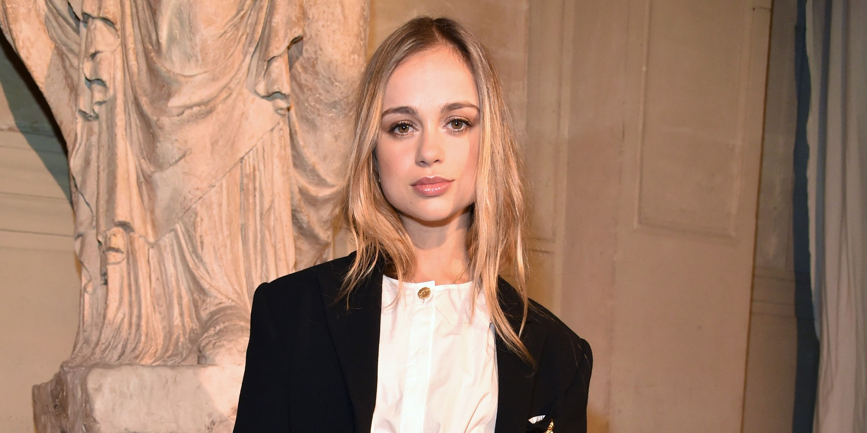 Lady Amelia Windsor Nude Photos 38