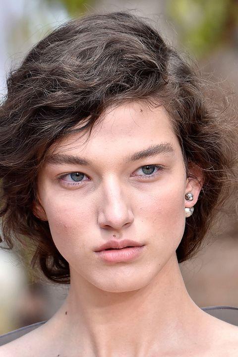 Dior couture - eyebrows trend