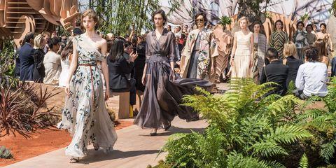 Dress, Formal wear, Gown, Fashion, One-piece garment, Day dress, Waist, Bridal party dress, Tradition, Strapless dress,