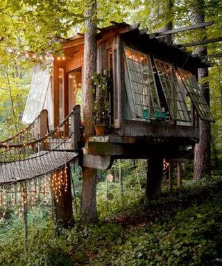This Dreamy Treehouse Is Airbnb's Most Requested Listing