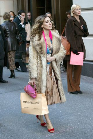 sarah jessica parker launches exclusive shoe collection with amazon