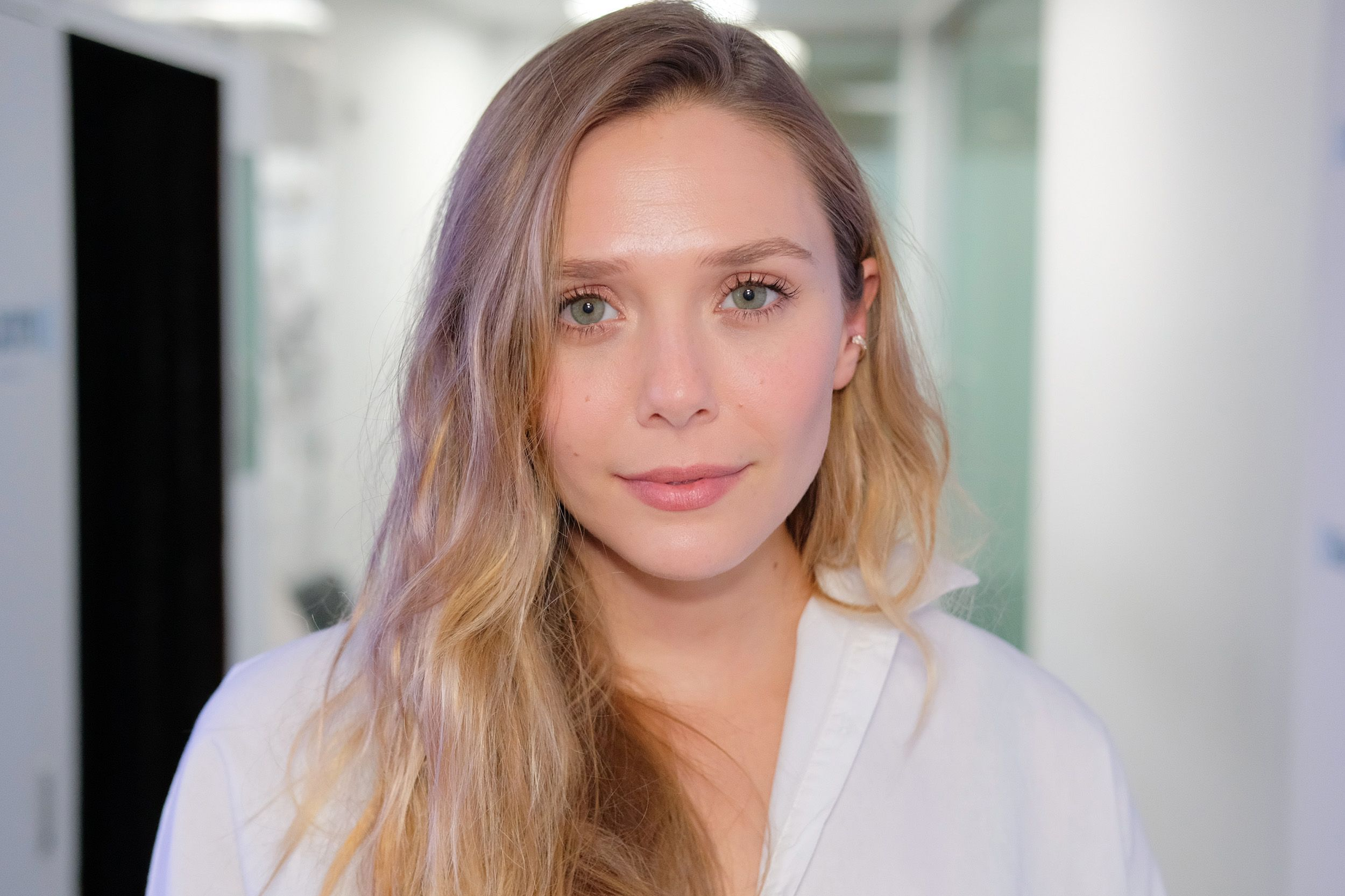 Elizabeth Olsen Says Politics Has Changed The Way She Acts Donald Trump Has Affect The Actress In More Ways Than One