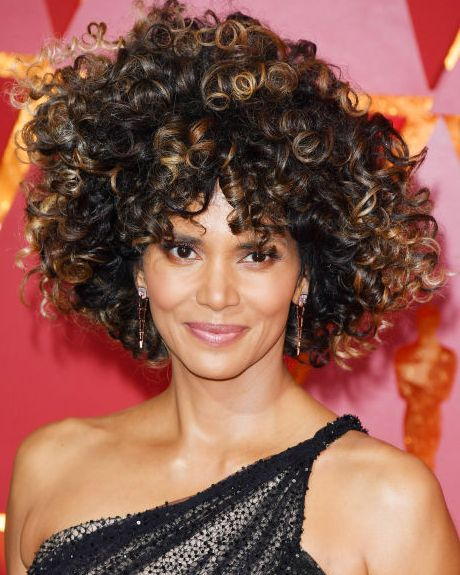 20 Easy Curly Hairstyles How To Style Long Medium Or Short Curly