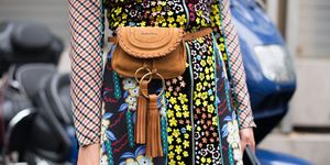 SS18 Street Style Detail Paris Fashion Week