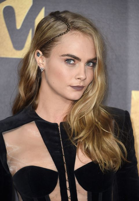 where is cara delevingne now