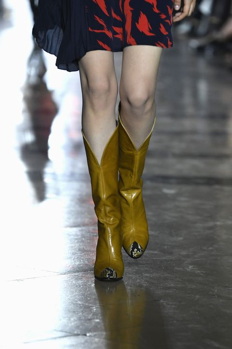 Leg, Human leg, Footwear, Thigh, Fashion, Runway, Yellow, Red, Joint, Knee,