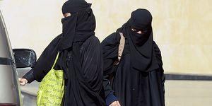 Saudi women car driving