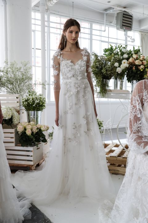 Wedding Dress Trends 2018 - 6 Bridal Fashion Week Trends