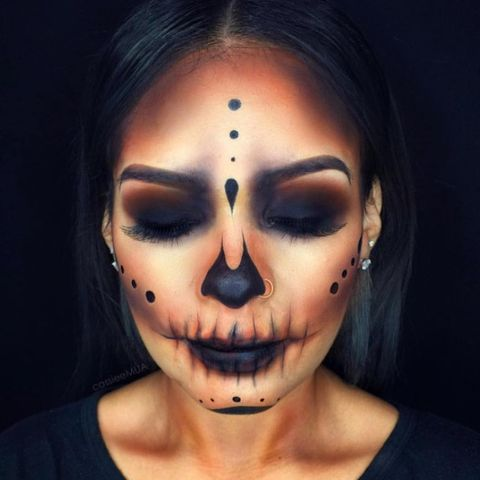 Easy Halloween Beauty Looks You Can Do With Products In Your Make Up Bag