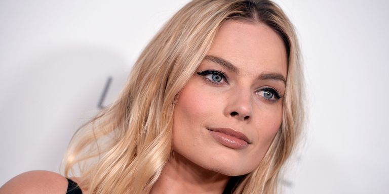 margot robbie speaks out about the financial strain of. Black Bedroom Furniture Sets. Home Design Ideas