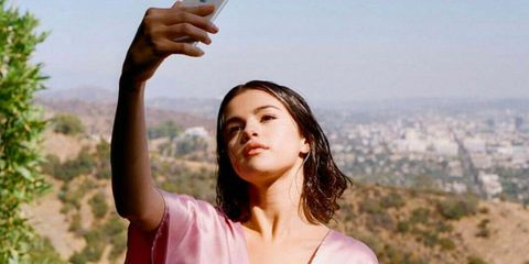 Selena Gomez Is All Of Us Singing Along To The Radio Post-Shower For
