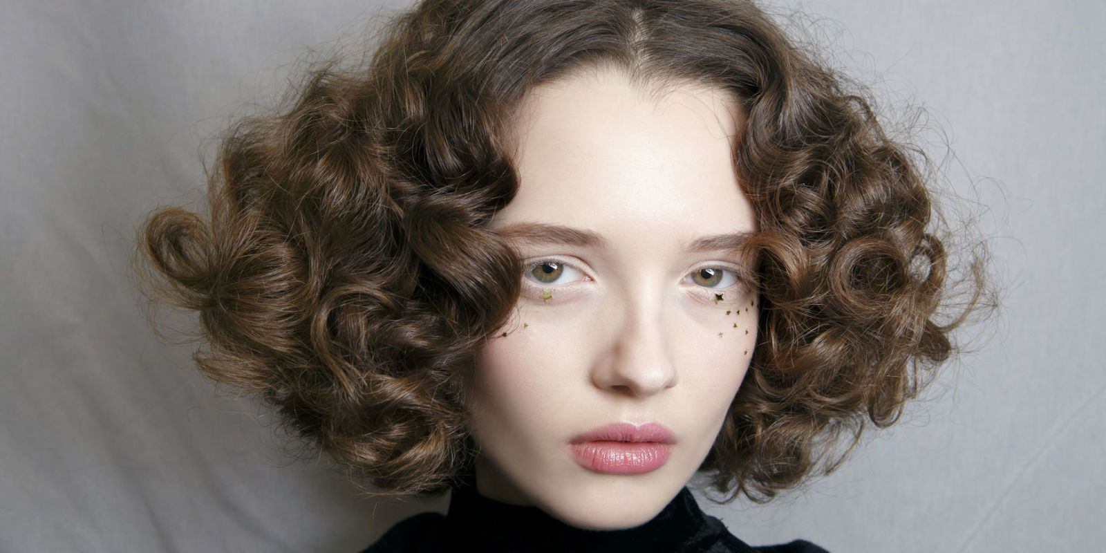 How to curl your hair with heat curlers