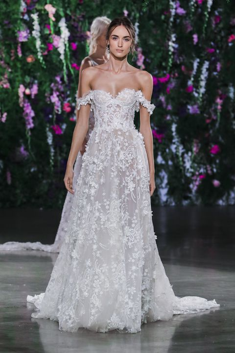 54d33ca3ff1f 19 Dreamy Haute Couture Wedding Dresses Meghan Markle Could Wear On ...