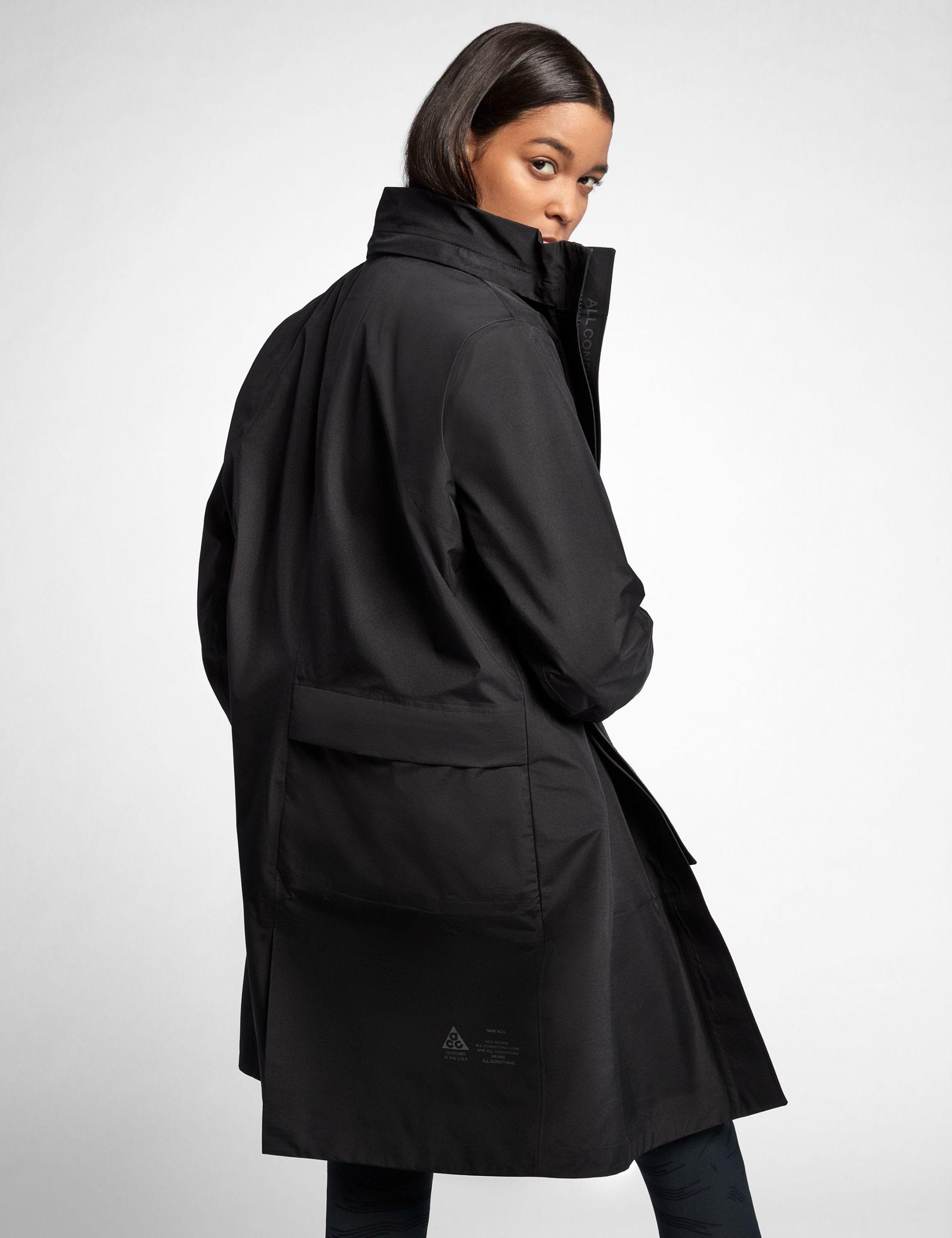 Nike Lanza Mujer Su Primera Colección Para La Mujer Lanza De Acg 8e2df8