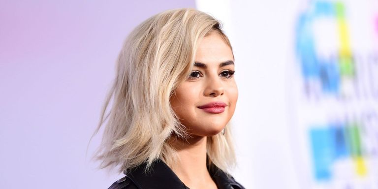 Selena gomez pretty much unfollows everyone on instagram getty images altavistaventures Image collections