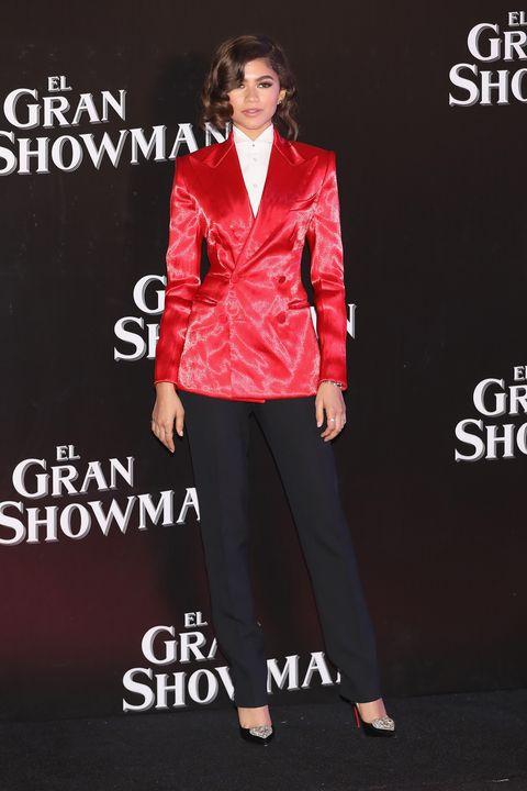 Clothing, Suit, Fashion, Formal wear, Outerwear, Footwear, Blazer, Pantsuit, Jacket, Fashion model,