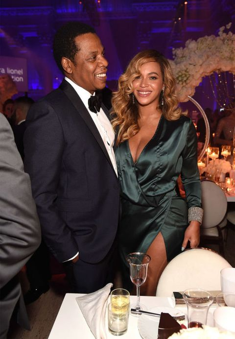 Jay-Z and Beyonce couple PDA