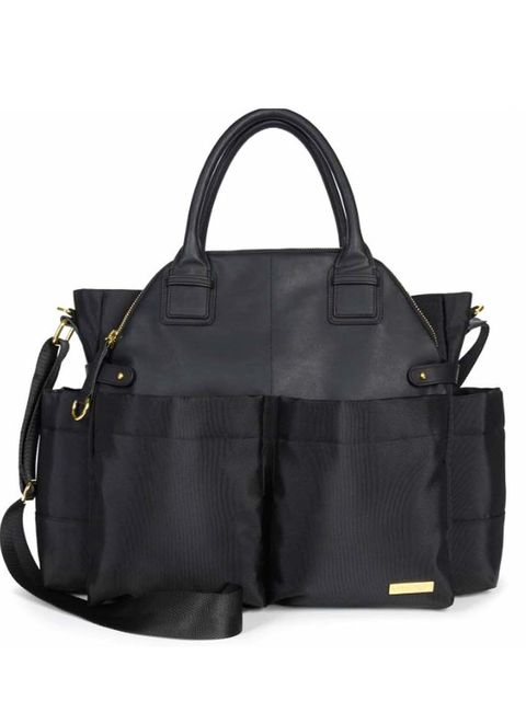 Product, Bag, White, Style, Luggage and bags, Monochrome photography, Black-and-white, Fashion, Shoulder bag, Beauty,