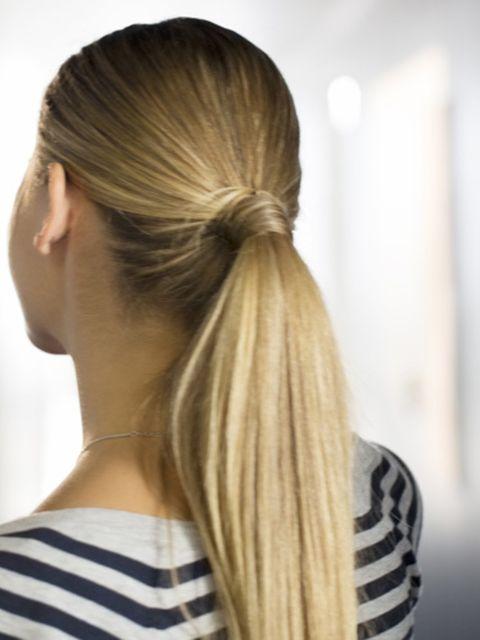 4-haarstijlen-waarvan-je-niet-wist-dat-ze-je-haar-beschadigen