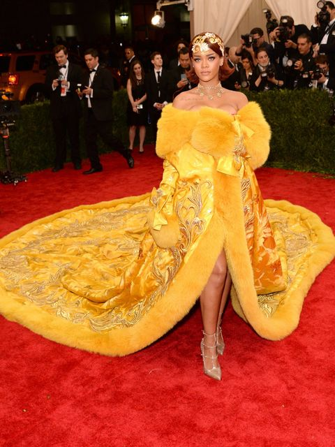 Human, Yellow, Event, Dress, Flooring, Formal wear, Style, Gown, Suit, Costume design,