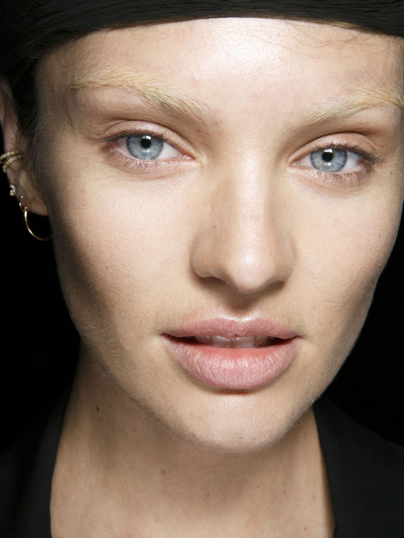 0942134b222 Make-uptrend voor dit najaar: géén mascara