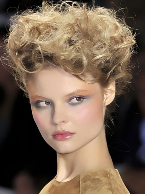 Nose, Lip, Hairstyle, Chin, Forehead, Eyebrow, Eyelash, Style, Jaw, Beauty,