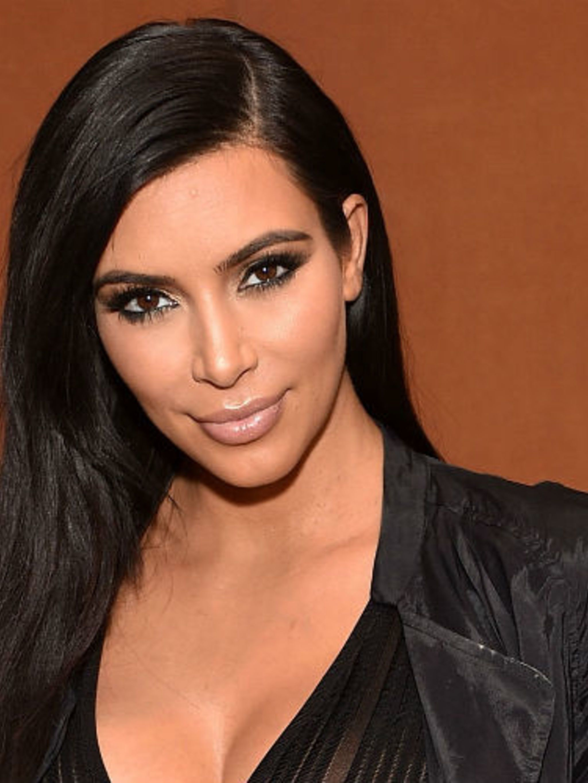 Hoe oud was Kim Kardashian toen ze begon dating Kanye Theater dating website