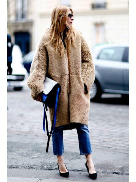 Clothing, Textile, Joint, Outerwear, Coat, Bag, Street fashion, Style, Street, Fashion,