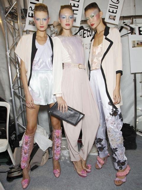 Clothing, Footwear, Outerwear, Style, Dress, Fashion model, Fashion, Street fashion, Blond, Fashion show,