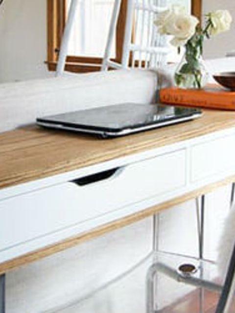 Ikea Hack Van Wandplank Tot Retro Bureau