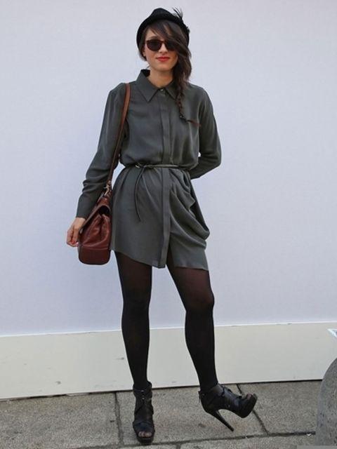 Clothing, Footwear, Leg, Brown, Sleeve, Human leg, Shoe, Shoulder, Textile, Joint,