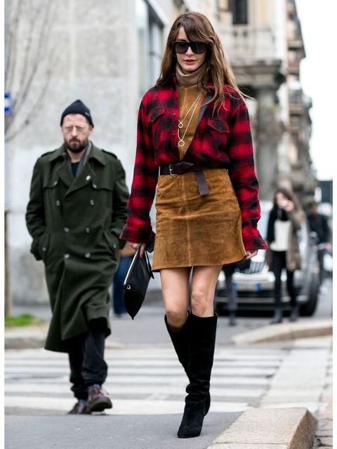 Clothing, Leg, Brown, Sleeve, Textile, Coat, Outerwear, Sunglasses, Street, Winter,