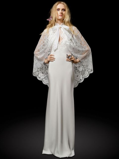 Shoulder, Dress, Textile, Formal wear, Gown, Fashion, Fashion show, Fashion model, One-piece garment, Costume design,