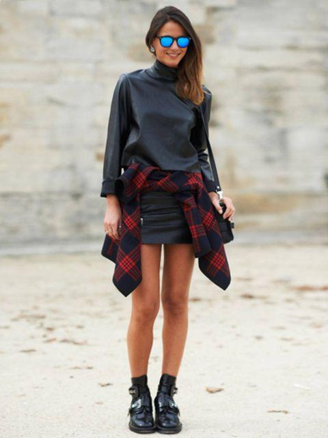 Clothing, Eyewear, Leg, Plaid, Sleeve, Human body, Human leg, Tartan, Shoulder, Textile,