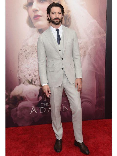 Trousers, Collar, Dress shirt, Coat, Shirt, Photograph, Suit trousers, Outerwear, Formal wear, Suit,