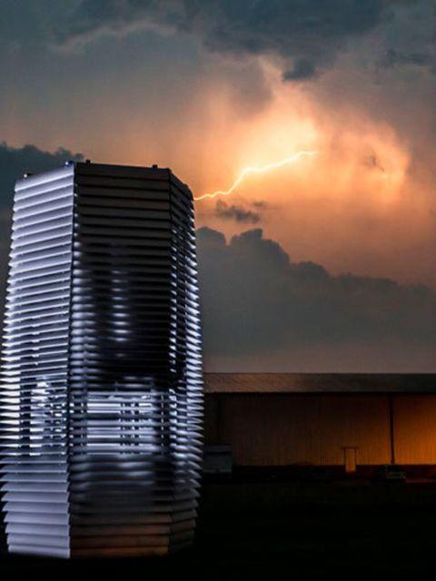 De-grootste-smog-stofzuiger-van-de-wereld-staat-nu-in-Rotterdam