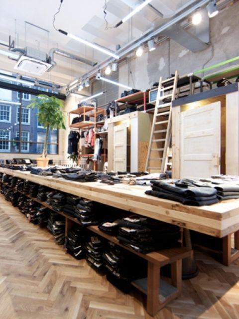 Nieuwe-Levi-s-R-Store-in-Amsterdam