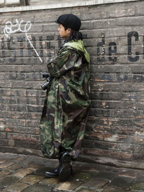 Soldier, Cap, Camouflage, Military camouflage, Military uniform, Military person, Brick, Beret, Street fashion, Headgear,