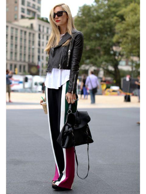 Clothing, Eyewear, Sunglasses, Shoulder, Bag, Textile, Joint, Outerwear, Style, Street fashion,