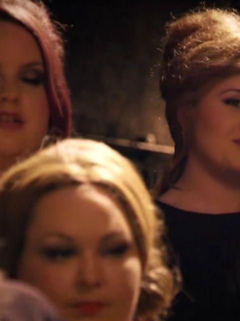 Briljant!-Adele-gaat-undercover-als-Adele-imitator