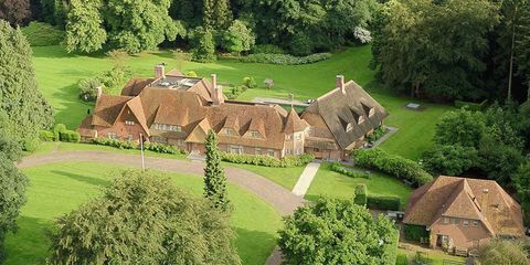 Property, Estate, Natural landscape, Land lot, House, Rural area, Grass, Cottage, Home, Grass family,