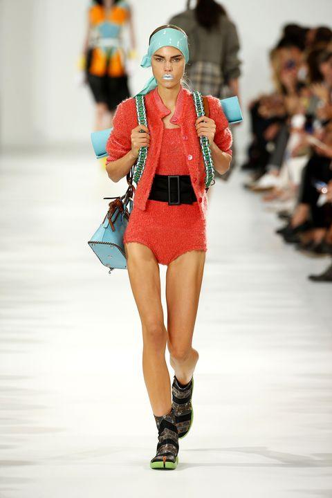 Human leg, Joint, Fashion show, Knee, Winter, Runway, Fashion, Carmine, Thigh, Fashion model,