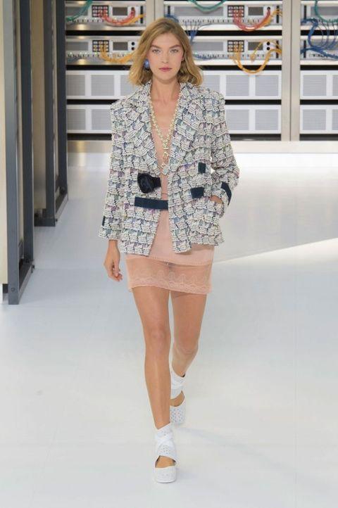 Paris Fashion Week: Chanel SS17